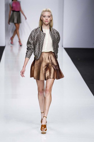 Byblos-new-collection-clothing-fashion-spring-summer-2013-image-6