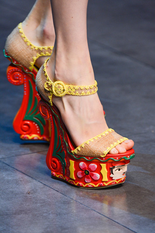 Dolce--Gabbana-new-collection-women-fashion-spring-summer-image-10