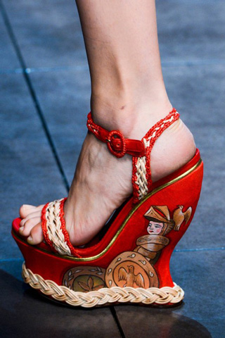 Dolce--Gabbana-new-collection-women-fashion-spring-summer-image-9
