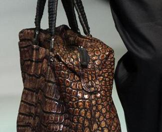Giorgio-Armani-fashion-for-women-clothing-spring-summer-2013-image-10
