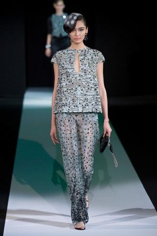 Giorgio-Armani-fashion-for-women-clothing-spring-summer-2013-image-6