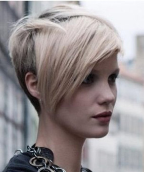 New-trends-in-hair-color-stylish-with-cutting-of-short-hair-image-10