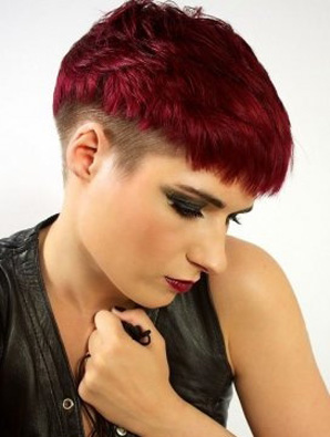 New-trends-in-hair-color-stylish-with-cutting-of-short-hair-image-8
