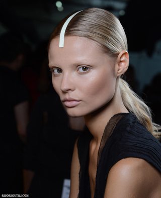 Alexander-Wang-new-trends-fashion-with-tips-beauty-makeup-photo-1