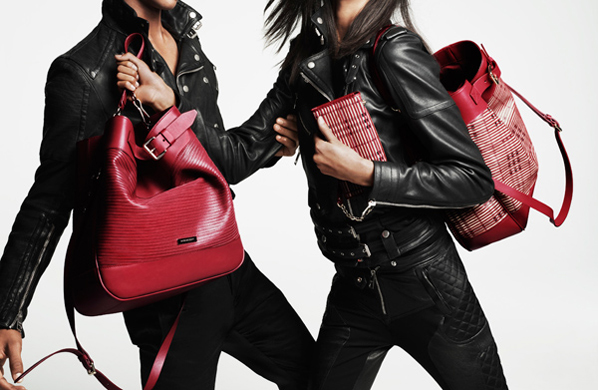 Burberry-new-collection-accessories-for-Valentines-Day-2013-photo-3