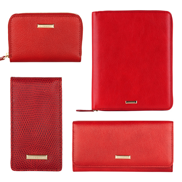 Burberry-new-collection-accessories-for-Valentines-Day-2013-photo-4