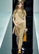 Emporio-Armani-new-collection-fashion-dresses-spring-summer-picture-1