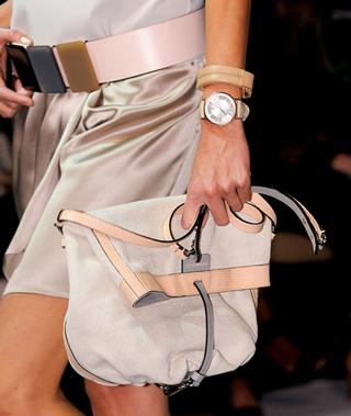 Emporio-Armani-new-collection-fashion-dresses-spring-summer-picture-11