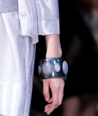 Emporio-Armani-new-collection-fashion-dresses-spring-summer-picture-12