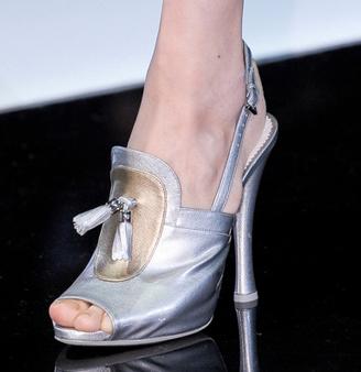 Emporio-Armani-new-collection-fashion-dresses-spring-summer-picture-16