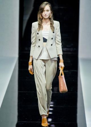 Emporio-Armani-new-collection-fashion-dresses-spring-summer-picture-5