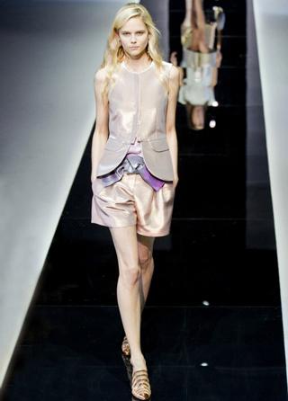 Emporio-Armani-new-collection-fashion-dresses-spring-summer-picture-7