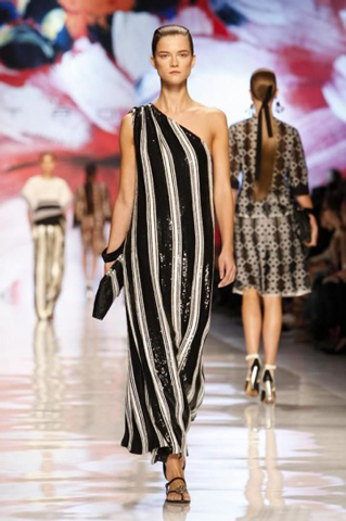 Etro-fashion-new-collection-spring-summer-for-women-dresses-picture-5