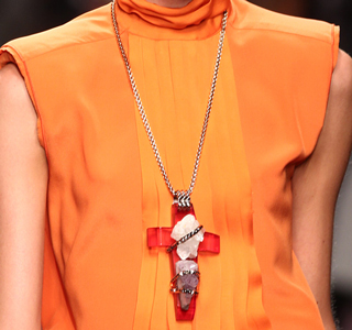 Iceberg-fashion-new-collection-spring-summer-dresses-trends-picture-2