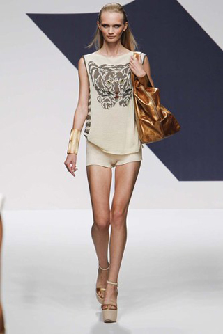 Krizia-new-collection-fashion-dresses-spring-summer-trends-picture-9