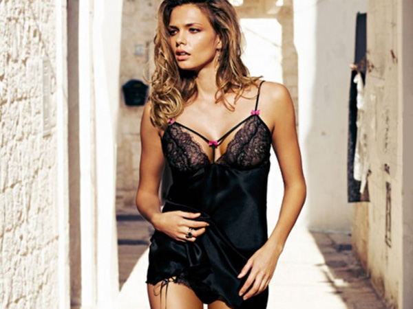 New-collection-Intimissimi-for-Valentines-Day-spring-summer-2013-photo-11