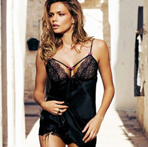 New-collection-Intimissimi-for-Valentines-Day-spring-summer-2013-photo-2
