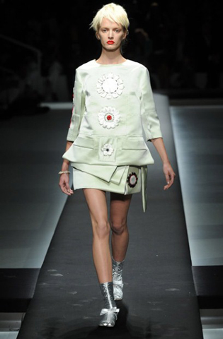 Prada-fashion-new-collection-spring-summer-dresses-for-women-picture-10