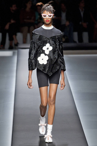 Prada-fashion-new-collection-spring-summer-dresses-for-women-picture-9