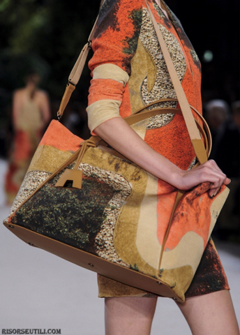 Akris-fashion-brand-designer-trends-clothing-accessories-shoulder-bags