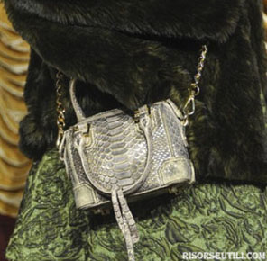 Alice Olivia new collection fashion fall winter accessories show