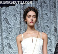 Alice Olivia new trends fashion tips beauty with makeup look