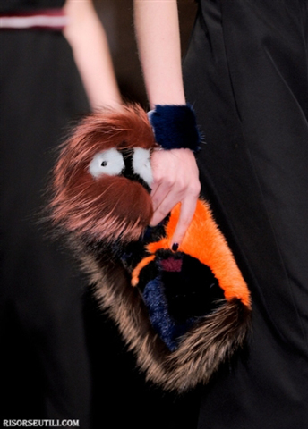 Fendi-new-collection-fashion-fall-winter-clothing-for-women-fur-bag