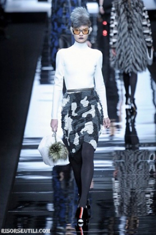 Fendi-new-collection-fashion-fall-winter-clothing-for-women-skirts
