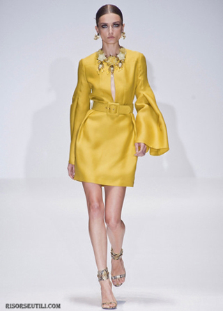 Gucci-fashion-brand-designer-trends-clothing-accessories-dresses-trench