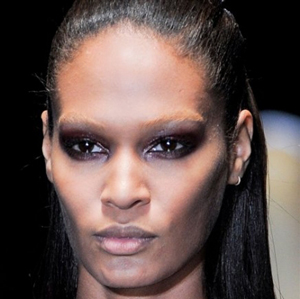 Gucci-new-trends-fashion-tips-beauty-with-makeup-for-women-photo-2