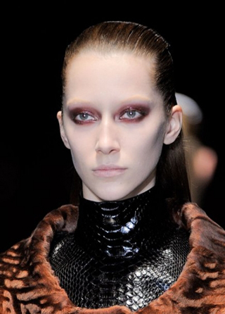 Gucci-new-trends-fashion-tips-beauty-with-makeup-for-women-photo-5