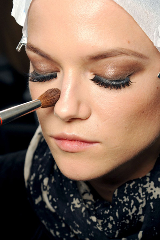Gucci-new-trends-fashion-tips-beauty-with-makeup-for-women-photo-7