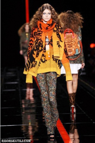 Just-Cavalli-new-collection-fashion-fall-winter-clothing-scarves