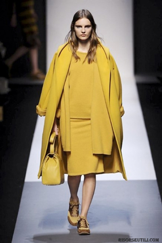 Max-Mara-fashion-brand-designer-trends-clothing-accessories-complete