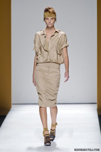 Max-Mara-fashion-brand-designer-trends-clothing-accessories-dresses