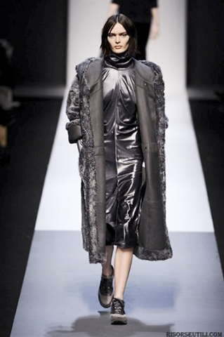 Max-Mara-fashion-brand-designer-trends-clothing-accessories-furs