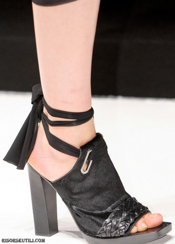Max-Mara-fashion-brand-designer-trends-clothing-accessories-shoes-wedges