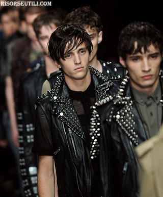 News lifestyle Burberry Prorsum Capsule Collection for Punk show