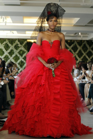 Oscar-De-La-Renta-fashion-wedding-new-collection-2013-bridal-4