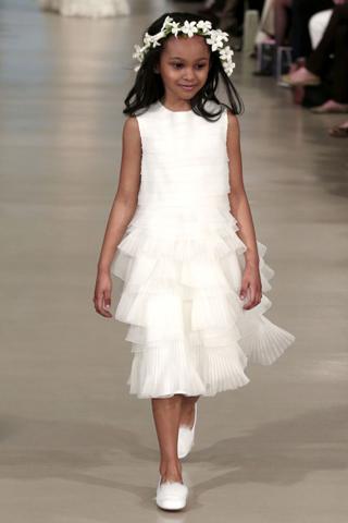 Oscar-De-La-Renta-fashion-wedding-new-collection-2014-bridesmaids-2
