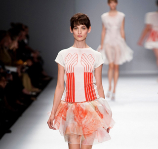 Cacharel-video-new-collection-fashion-spring-summer-for-women
