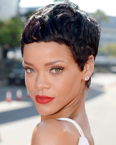 Summer-Fashion-and-Beauty-with-of-new-short-haircuts-photo-7
