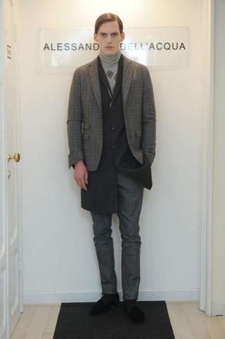 Alessandro-DellAcqua-dresses-in-shop-windows-fashion-collection-fall-winter