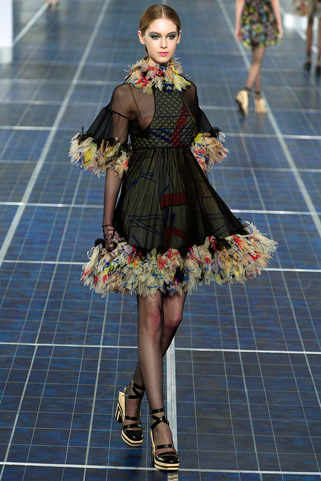 Chanel-in-shops-fashion-collection-spring-summer-fashion-couture