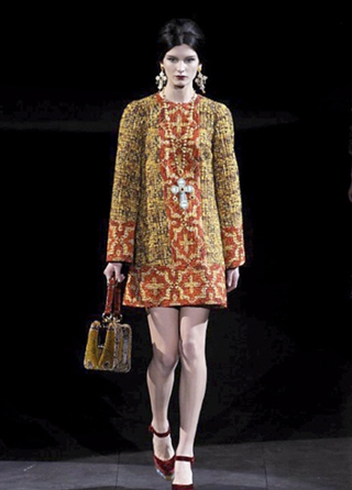 Dolce--Gabbana-fashion-showcases-collection-fall-winter