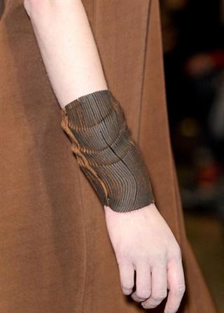 Donna-Karan-lifestyle-trends-bracelets-fall-winter-look-2014