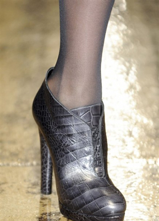 Donna-Karan-trends-leather-shoes-fashion-fall-winter-look-2014