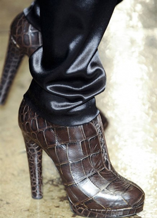 Donna-Karan-trends-leather-shoes-with-heels-fall-winter-look-2014