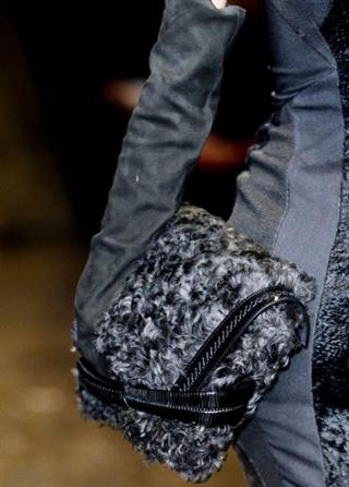 Donna-Karan-trends-lifestyle-handbags-fashion-catalog-fall-winter-2014