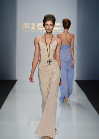 Fisico-dresses-in-shops-windows-fashion-collection-spring-summer-2013